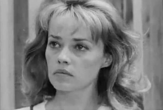 Жанна Моро в фильме *Жюль и Джим*, 1961 | Фото: kino-teatr.ru
