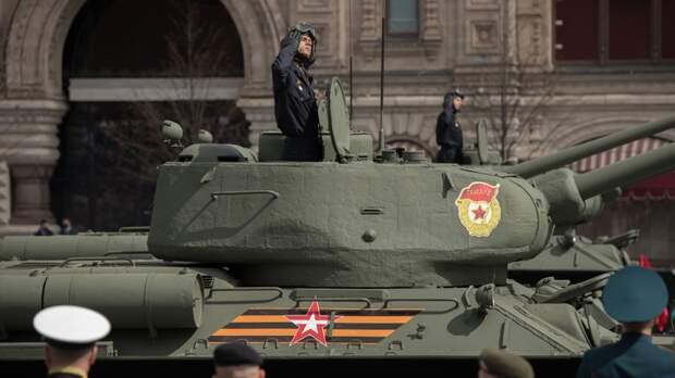 Британцы похвалили парад в Москве и поблагодарили Россию за победу над нацизмом