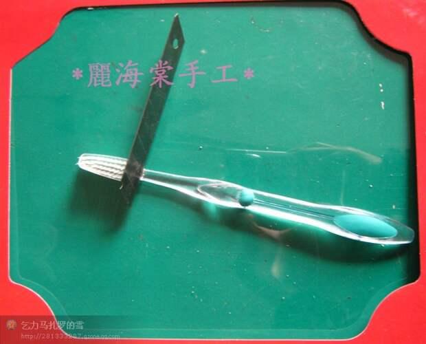 Крючок из зубной щетки (Diy)