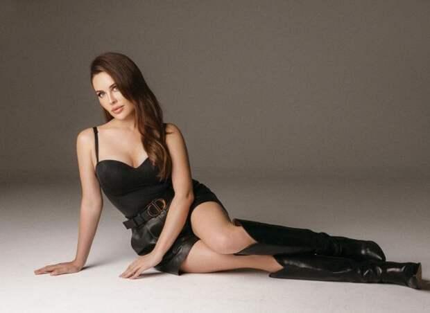 Юлия Михалкова — отделилась от «Уральских пельменей» и стала звездой юмора