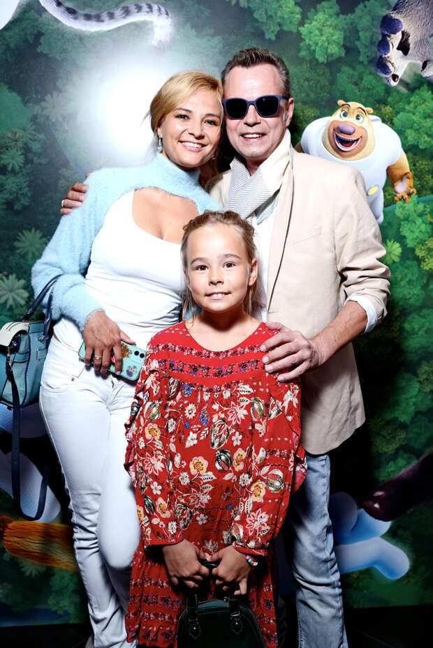Владимир Левкин, Елена Борщева и другие звезды на премьере анимационного фильма «Тайна парка развлечений»