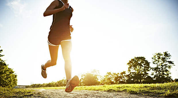 Убираем живот за неделю: 5 жестких упражнений