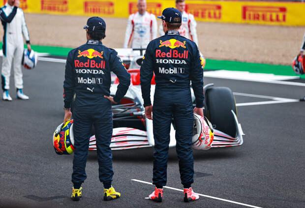 Ферстаппен – о машине 2022 года: Пока она не похожа на IndyCar – всё хорошо