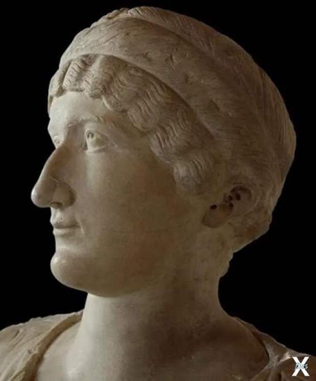 Бюст Елены Августы - матери Константина