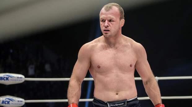 Стал известен минимальный гонорар Шлеменко за бой