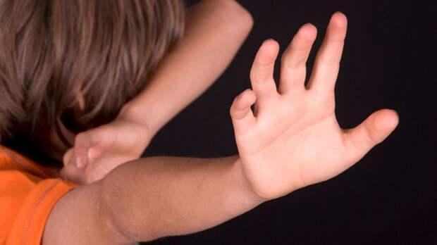 Девочка-маугли: почему детей бросают на произвол судьбы