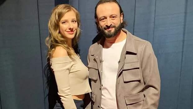 Звезда «Папиных дочек» впервые опубликовала фото с мужем Ильей Авербухом