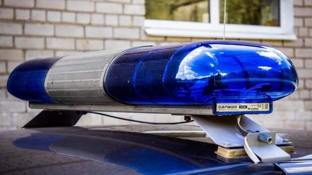 Поцарапанного мертвого мужчину нашли в саратовской квартире