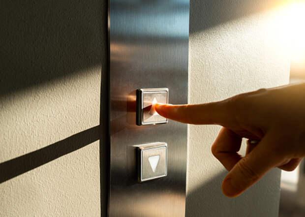 Лифт в доме на Алтуфьевском привели в порядок по просьбе жителей