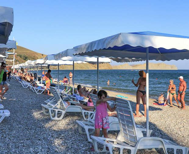 Российские туристы выбирают для летнего отдыха Крым