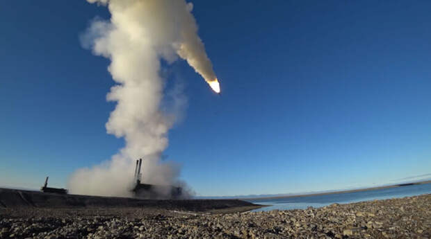 На границе Белоруссии и России появились ракетные комплексы «Бастион»