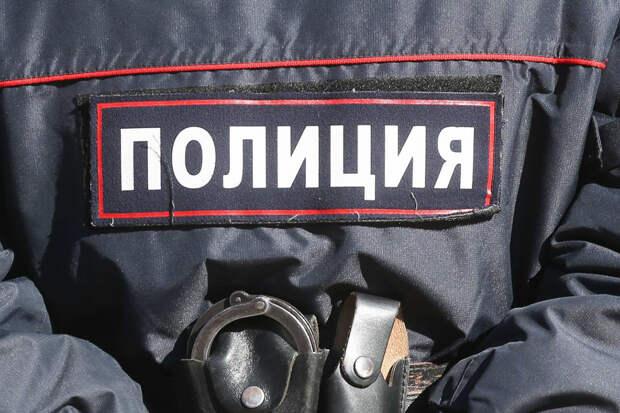 Полицейские задержали 13 участников незаконного митинга в Хабаровске