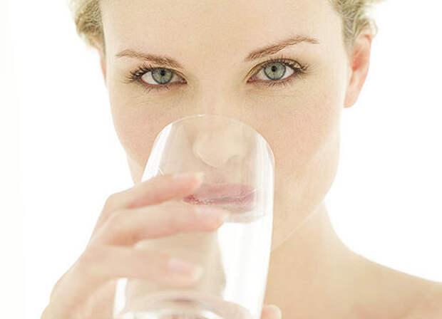 24684596_drinkingwater2470x3402