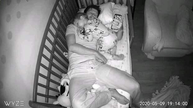 Настоящий отец может все что угодно и не стесняется ничего!