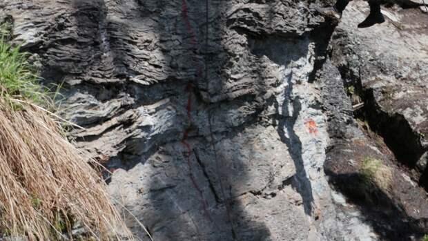 Башкирская школьница сорвалась со скалы во время прогулки