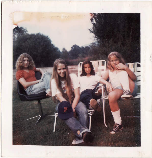 Polaroid Prints of Teen Girls in the 1970s (20).jpg