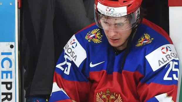 Завоевал два серебра молодежного ЧМ, но не смог заиграть в СКА. Теперь Дергачев спасает карьеру в Подольске