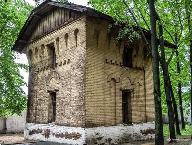 В Москве сносят столетнюю водонапорную башню. Ее признали самостроем Новости, Старые здания, Снос, Длиннопост
