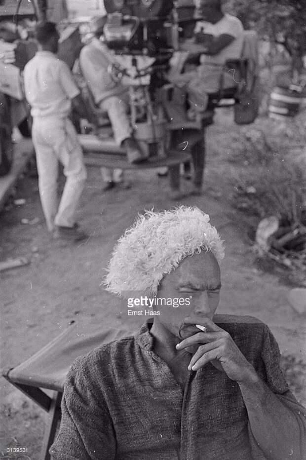 "Тони Кертис и Юл Бриннер на съемках фильма ""Тарас Бульба"" (1962)"