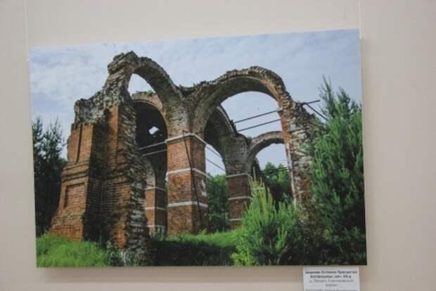 Фотографы показали храмы Касимовской епархии, которые на грани разрушения
