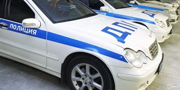 Пенсионерка попала под колеса машины во дворе на улице 8 Марта
