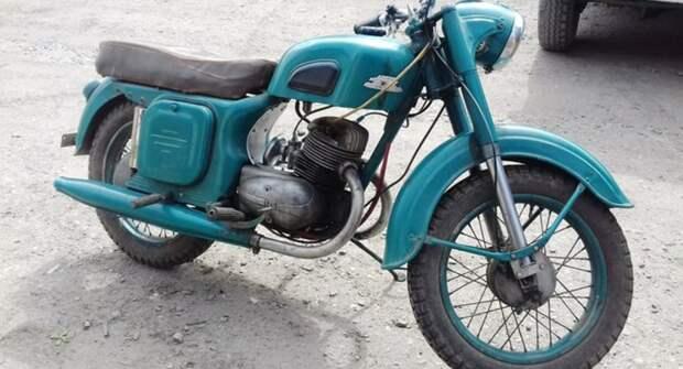 """Советский мотоцикл """"Восход-1"""""""