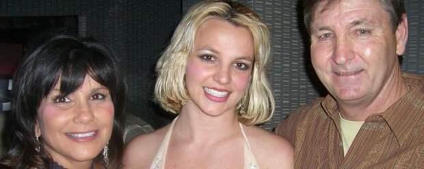 Родители Бритни Спирс борются за деньги дочери