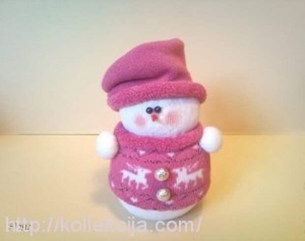 Снеговик из носков