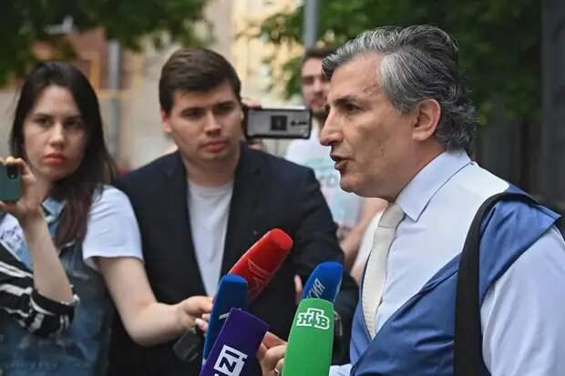 Адвокат Ефремова рассказал о готовящейся против него провокации