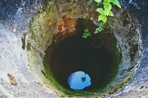 В Симферопольском районе пересохли колодцы с водой