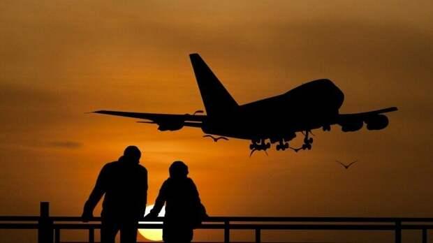 Авиакомпания Lufthansa отменила полеты из Москвы и Петербурга во Франкфурт
