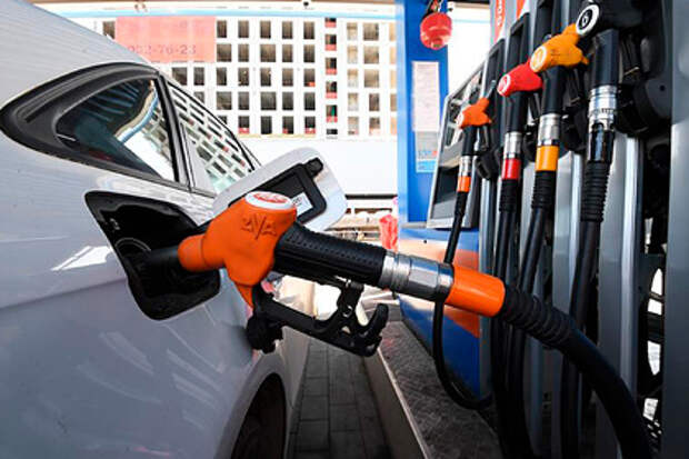 В России задумали бороться с ценами на бензин по-новому
