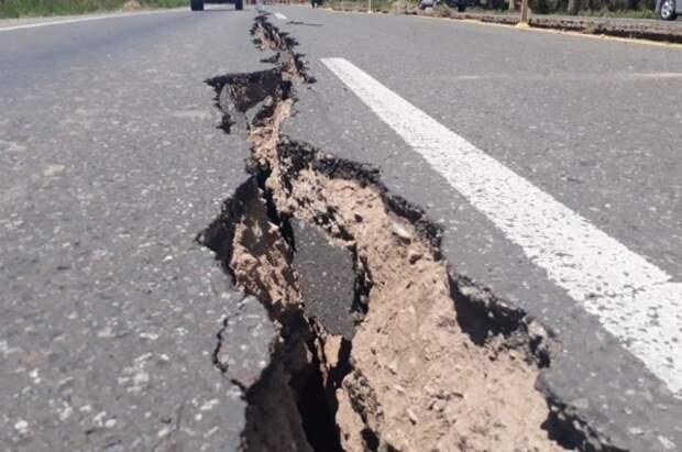 В Китае введен второй уровень экстренного реагирования из-за землетрясений