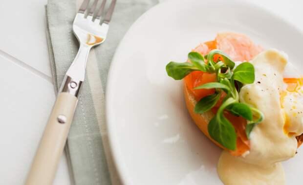 Устройте себе королевский завтрак: как приготовить Яйца Рояль