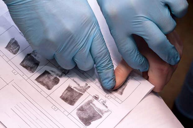 Госдума ввела дактилоскопическую регистрацию трудовых мигрантов
