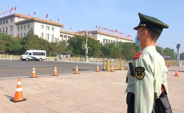 На юге Пекина ввели режим военного положения из-за новой вспышки коронавируса