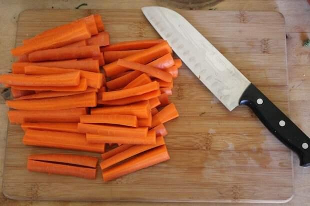 морковные палочки с сыром