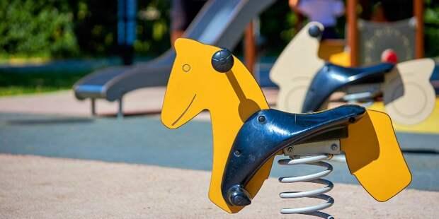 Сорок детских площадок будут благоустроены в Коптеве в 2021 году