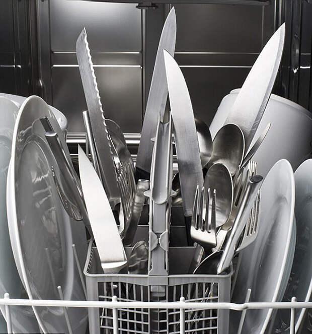 Вещи, которые никогда нельзя класть в посудомоечную машину