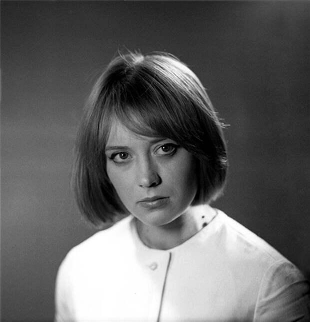 Прелестная Маргарита Терехова в молодые годы.