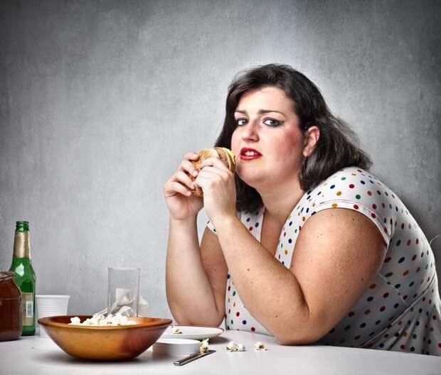 Что вам может рассказать о борьбе с жирами и бегемотьим аппетитом женщина-курочка с ножками, как у соловья?