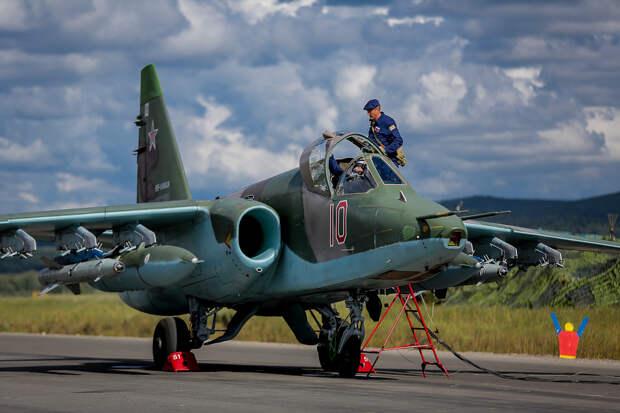 Южный военный округ получил модернизированные штурмовики Су-25СМ3