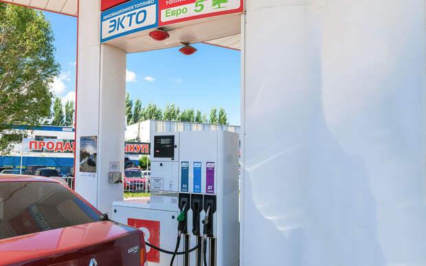 Премиальный бензин очищает отнагара: правда и мифы