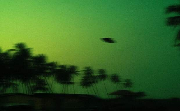 Американский специалист объяснил, что на самом деле стоит за НЛО, наблюдаемыми военными США