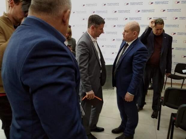 Развожаев начал запуск недееспособной Общественной палаты Севастополя