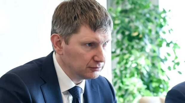 Не министр. Преступник: Михаил Делягин нашёл в казне мёртвые 15,6 трлн рублей