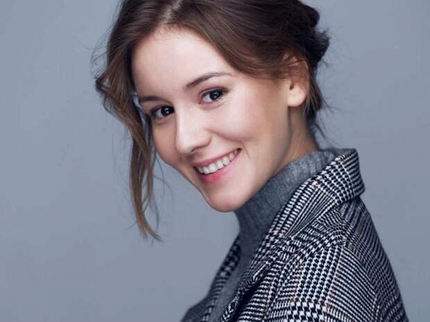 Ирина Старшенбаум хочет встречаться с актером