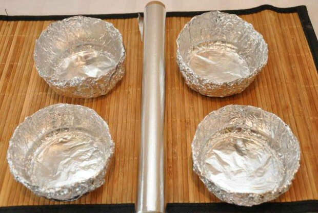 Посуда из фольги. | Фото: Klevo.Net.
