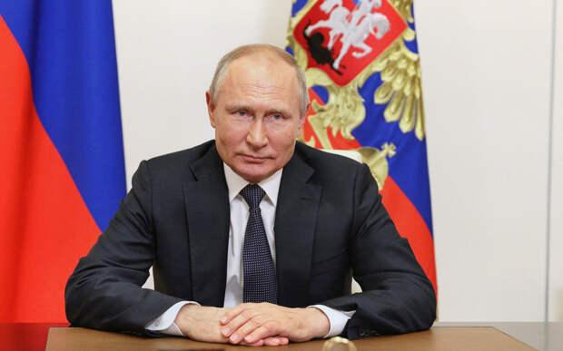 Что решил президент Путин об индексации пенсий работающим пенсионерам