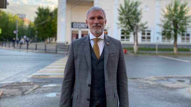 """Лидер """"Родины"""" призвал поднять вопрос о переработке мусора в Задонске на референдуме"""